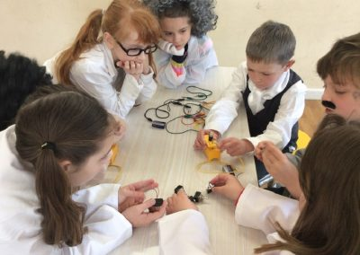 Creating a circuit to make the bulb and buzzer work.