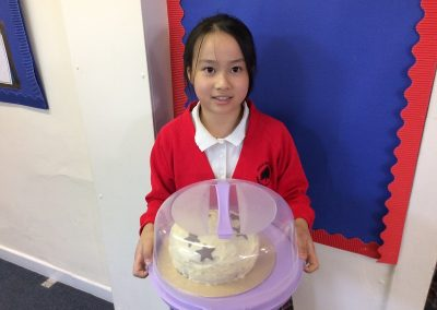1st Winner with the chocolate sponge cake
